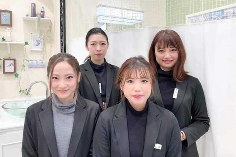綾川店のスタッフ